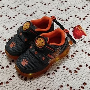 Disney The Lion King LIGHT UP Shoes Toddler 7